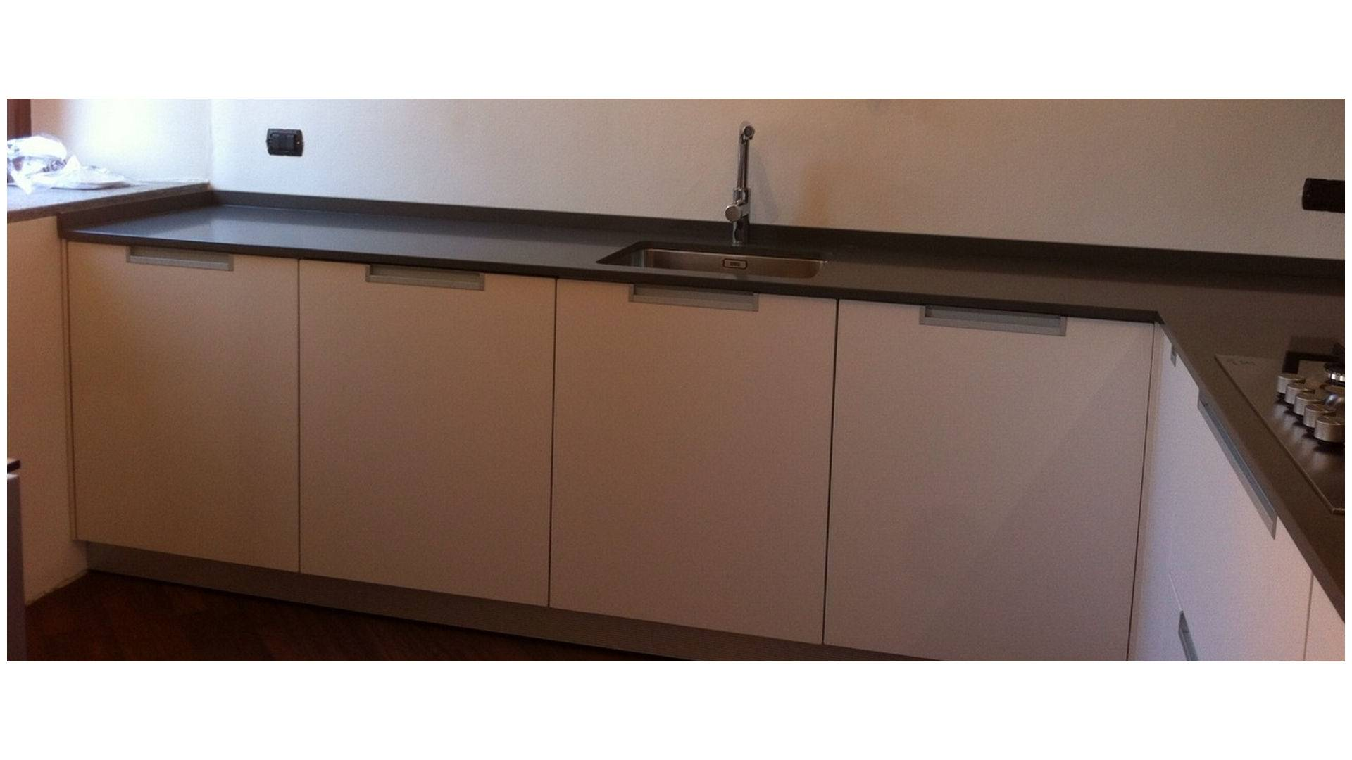 Restyling-to-measure kitchen Tradate