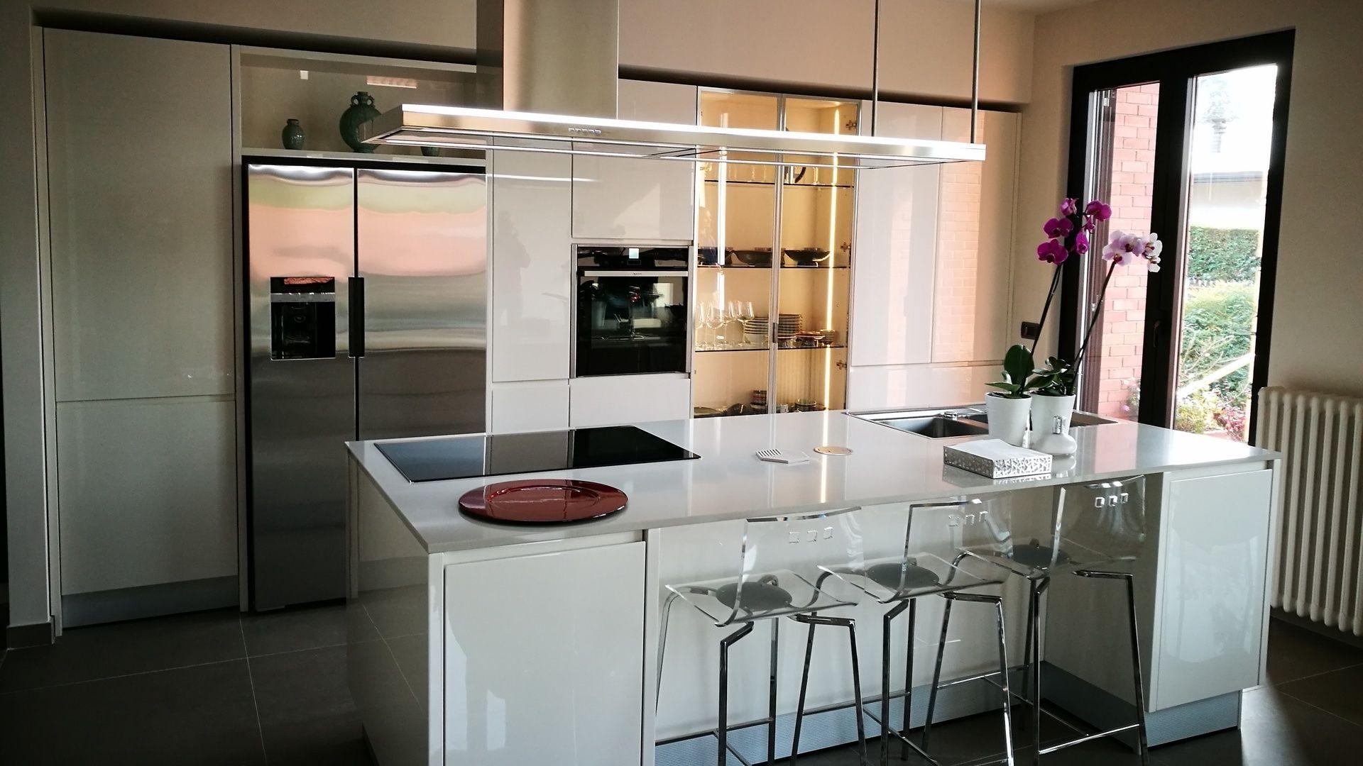 cucina su misura line lucida 1